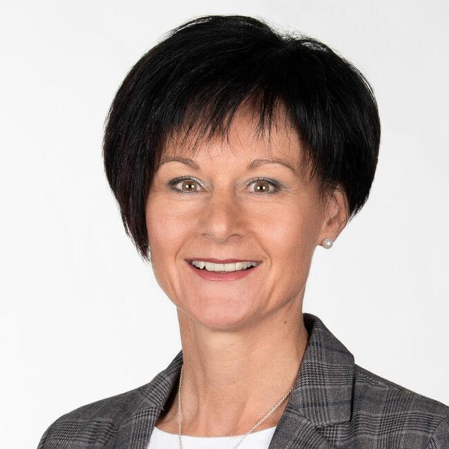Cornelia Hasler-Roost